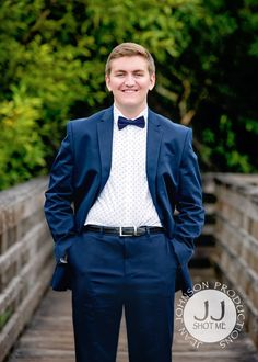 Pacific Northwest Senior Portraits at Juanita Bay Park | Blue Suit, White Dress Shirt, and Dress Shoes |Kirkland Senior Photographer - Jean Johnson Productions - www.jjshotme.com Senior Boy Photography, Kids Suits, Senior Boys, Boy Photos, Suit And Tie, Pacific Northwest, Senior Portraits, Dress Shirt, Kai