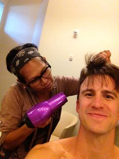 I've always marveled at how Gavin Creel's hair stood up. Now I know the secret – he has help!