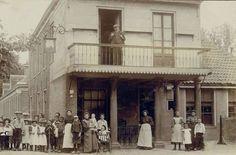 foto van hotel de Ooievaar even plaatsen.1900
