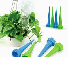 Agora é possível ser preguiçoso e ter plantas vivas com esse regador conta-gotas!   18 produtos que toda pessoa preguiçosa precisa ter em casa