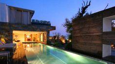 Bienvenue à TAFFURO SYLVIE PRESTIGE ET CHATEAUX, nous sommes spécialisés dans la vente de propriétés haut de gamme  dans les Alpilles, le Luberon et sur la côte  méditerranéenne. Retrouvez l'ensemble des biens sur http://www.cotelittoral.fr/14-agence-taffuro-sylvie-prestige-et-chateaux.html