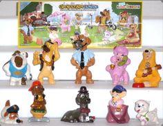 Kinder Surprise Ferrero Eggs Complete Set City Dogs Stories 1 Paper Top RAR   eBay