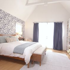 How can you add some pep to a plain vanilla bedroom? Wallpaper to the rescue! - How can you add some pep to a plain vanilla bedroom? Wallpaper to the rescue! See how Kyle brings texture and style to this space through a few key design elements. Blue Master Bedroom, Home Bedroom, Room Decor Bedroom, Bedroom Shelves, Bedroom Lighting, Teen Bedroom, Wall Paper For Bedroom, Modern Bedroom, Peaceful Bedroom