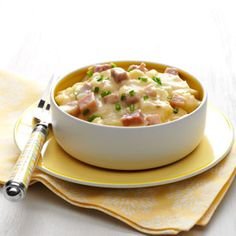 Scalloped Potatoes & Ham in the crock pot. Sounds so delicious!!!