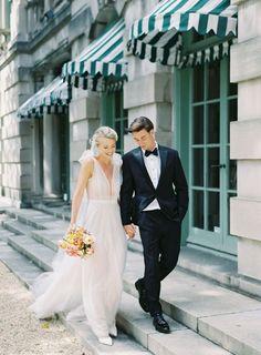 Modern Intimate Wedding with Ines de Santo Gown Wedding Poses, Wedding Portraits, Wedding Bride, Wedding Dresses, Wedding Ideas, Bouquet Wedding, Wedding Photoshoot, Bridal Bouquets, Old World Wedding