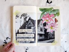 messy pages : Photo