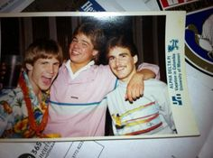 too funny - pic (not mine) of Brad Pitt with friends at an Alpha Delta Pi sorority function.