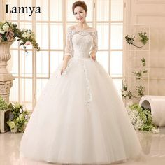 Beatiful Lace Wedding Dress With Sleeve