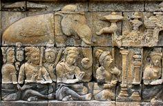 Relief of the Borobudur. Buddhist Symbols, Buddhist Temple, Buddhist Art, Borobudur Temple, Sculptures, Lion Sculpture, Gods And Goddesses, Ancient Art, Aerial View