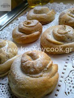 ΤΑΧΙΝΟΠΙΤΑ – Koykoycook Chocolate Sweets, Love Chocolate, Cypriot Food, My Cookbook, Doughnut, Sweet Recipes, Muffin, Food And Drink, Honey