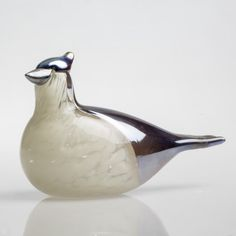 Oiva Toikka is one of the greatest names in Finnish glass, and his birds are his best-known pieces. All of Toikka's birds are highly collected, individually made, mouth-blown pieces of art. Made in Corning Measures approx. Corning Museum Of Glass, 2017 Photos, Glass Birds, Blue Jay, Grey And White, Glass Art, Art Pieces, Artist, September