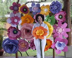 Eu e minhas flores gigantes