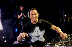 Tiesto is kind of a big deal if you didn't already know. The man can be attributed to much of the dance music explosion of the last decade. Tiesto was a Dj Music, Music Songs, Laidback Luke, Tomorrowland Belgium, Time Goes Back, Alesso, Best Track, Gucci Mane, Alan Walker