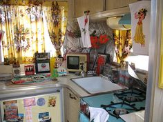 Vintage Camper Interiors | Vintage Trailer Interior | Flickr - Photo Sharing!