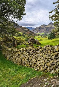 Langdale valley, Lake District, England by Bardsea Photogra. - Casey's PinsLangdale Valley, Lake District, England by Bardsea Photography - # Lake District, Foto Nature, All Nature, The Places Youll Go, Places To See, Beautiful World, Beautiful Places, England And Scotland, England Uk