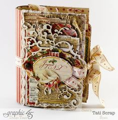"""Gorgeous """"Christmas wishes"""" book by Tati Scrap using The Twelve Days of Christmas! Amazing #Graphic45"""