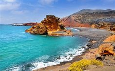 Cheap holidays to Lanzarote with – Book all inclusive package holiday, flights and hotels. Great deals on Holidays to Lanzarote. Best Vacation Spots, Best Vacations, Tenerife, Amazing Destinations, Travel Destinations, Destination Soleil, Places To Travel, Places To See, Costa Leste