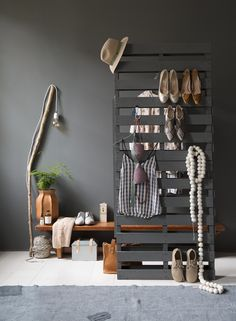 Styling Leonie Mooren, Bregje Nix | Photographer Anouk de Kleermaeker | vtwonen maart 2015 #vtwonen #magazine #interior #inspiration #walkincloset #lamp #pallet #clothes #shoes