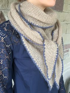 Triangle casual shawl, hip scarf, knit shawl, knit wrap, beach shawl, mohair / silk , jeans blue, beige Scarf Knit, Knit Wrap, Knitted Shawls, Triangle, Beige, Silk, Trending Outfits, Knitting, Crochet