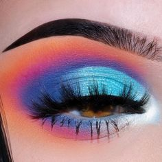 How to apply eye shadow for every shape? – Page 35 of 56 Make-up; Lidschatten-Looks; Katzenaugen-Make-up; Make-up-Ideen; Make-up-Tutorial; Dramatic Eye Makeup, Makeup Eye Looks, Cat Eye Makeup, Colorful Eye Makeup, Dramatic Eyes, Dark Makeup, Eye Makeup Tips, Colorful Eyeshadow, Makeup For Brown Eyes