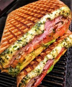 Ham, cheese, vegetable and pesto sandwich - Make Food Think Food, I Love Food, Good Food, Yummy Food, Healthy Food, Tasty, Healthy Recipes, Food Goals, Cafe Food