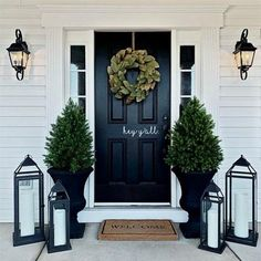 farmhouse front door entrance design ideas tips on selecting your front doors 39 ~ Top Design Front Door Porch, Front Porch Design, Front Door Entrance, Front Door Decor, Planters For Front Porch, Front Patio Ideas, Fromt Porch Ideas, Fromt Porch Decor, Front Entry