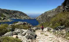Trekking in Shepherd Trails Tour, Portugal - Walking through the highest mountain of Portugal Continental in a relaxed and adventurous way. Perfect Experiences, Lda