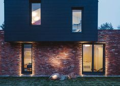 Gallery of City Home with a Touch of Fibonacci / Wlodek Sidorczuk - Comdesigne…