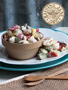 Mediterranean Pasta Salad: Prep Time: 15 Minutes Cook Time: 20 Minutes Makes: 6 Servings