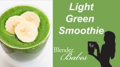 Kid-Friendly Banana Green Smoothie. @BlenderBabes www.blenderbabes.com #vitamix #blendtec #recipe #banana #green #smoothie