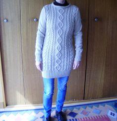 pour Delf jo Sweaters, Fashion, Knits, Moda, Fashion Styles, Sweater, Fashion Illustrations, Sweatshirts, Pullover Sweaters