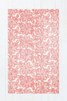 Bikini Floral 3x5 Rug in Pink - Urban Outfitters