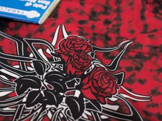"""Take out the map and find a new path for today! """"RedRoses"""" Hoodie : : : #pskrd #hoodie #red #roses #redroses #energy #passion #power #shop #shoponline #contradocreative #threeroses #tribalhoodie #activelife #motivation #goals #bebold #redhoodie #contradocreative #outstandingapparel #exploreyourworld #followyourdreams #instahoodie  #dreamer #followyourdreams"""