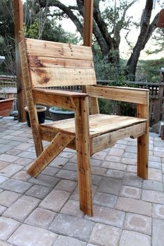Pallet Dining Chair Pallet Crates, Pallet Chair, Wood Pallet Furniture, Wood Pallets, Outdoor Furniture, Pallet Wood, Pallet Patio, Outdoor Pallet, Pallet Seating