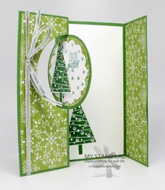 How To Make The Extra Flap With the Circle Card Thinlit Die. Want to extend your flip card? See this handmade Christmas Card that extends. www.mystamplady.com