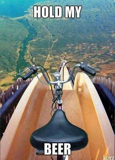 This makes me laugh becuase it's funny to think that would ever be anyone stupid enough to do this. Radical Sports, Extreme Sports, Rednecks, Hold Me, Funny Pictures, Funny Images, Funny Pics, Silly Pics, Fail Pictures