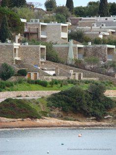 Doxiadis: Apollonion Santorini, Greece, River, Mansions, House Styles, Outdoor, Decor, Porto, Greece Country