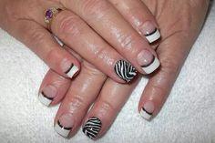 LCN Nails Animal Print Black White