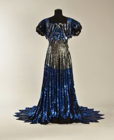 Evening dress ca. 1900 From Whitaker Auctions