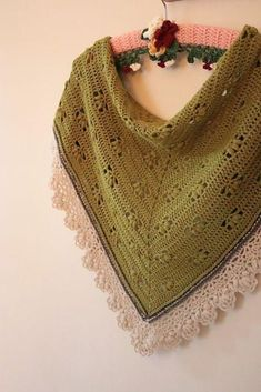 Who says crochet can't be all about luxury yarns too? This softer than soft baby alpaca is the perfect thing to snuggle into and the delicate puff design help this shawl harness the warmth with elegant good looks. Crochet Shawls And Wraps, Knitted Shawls, Crochet Scarves, Shawl Patterns, Knitting Patterns, Crochet Patterns, Crochet Tutorials, Crochet Fall, Knit Crochet