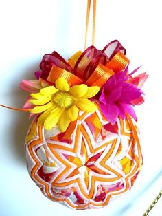 This is a beautiful Orange, Pink, Yellow and White Quilted Ornament. It was handmade by pinning small pieces of fabric to a Styrofoam ball. Quilted Christmas Ornaments, White Ornaments, Fabric Ornaments, Ball Ornaments, Christmas Balls, Christmas Crafts, Xmas, Bow Hanger, Hangers