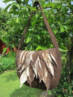 Wool felt handbag I made in Portugal