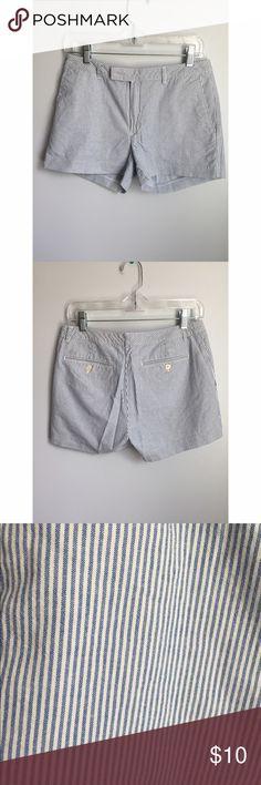 "Tommy Hilfiger shorts Size 6. 3"" inseam. 100% cotton.Slanted front pockets. Hidden zipper. Tommy Hilfiger Shorts"