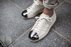 80s-metal-toe-s82483 adidas originals superstar 80s three stripes shell toe metal teo old skool sneaker kicks tint tooftwear studio munich münchen