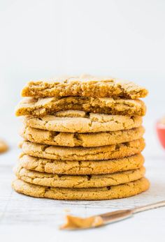 Big Soft & Chewy Peanut Butter Crinkle Cookies #Recipe - Super chewy, packed with PB flavor & just made for breaking apart at the crinkly seams!