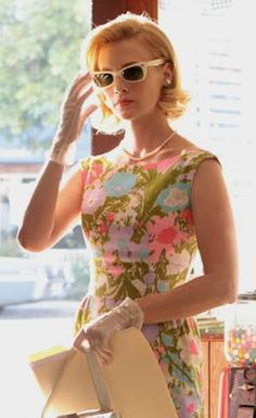 Sunglasses and floral - Betty Draper