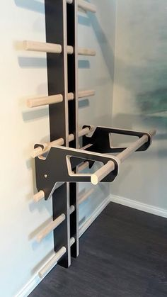 Home Made Gym, Diy Home Gym, Gym Room At Home, Gym Decor, Home Office Decor, Cool Furniture, Furniture Design, Home Gym Garage, Shelving Design