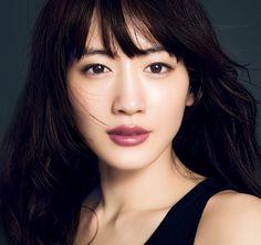 Haruka Ayase Cute Asian Girls, Beautiful Asian Girls, Beautiful Women, Asian Makeup Prom, Beautiful Person, True Beauty, Good Skin, Wedding Makeup, Combination Skin