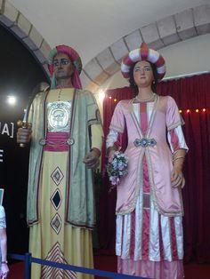 Els gegants del Pi. Són l'Elisenda i el Mustafà.