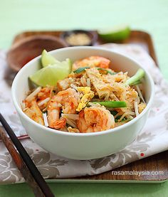 Pad Thai Recipe - RecipeChart.com